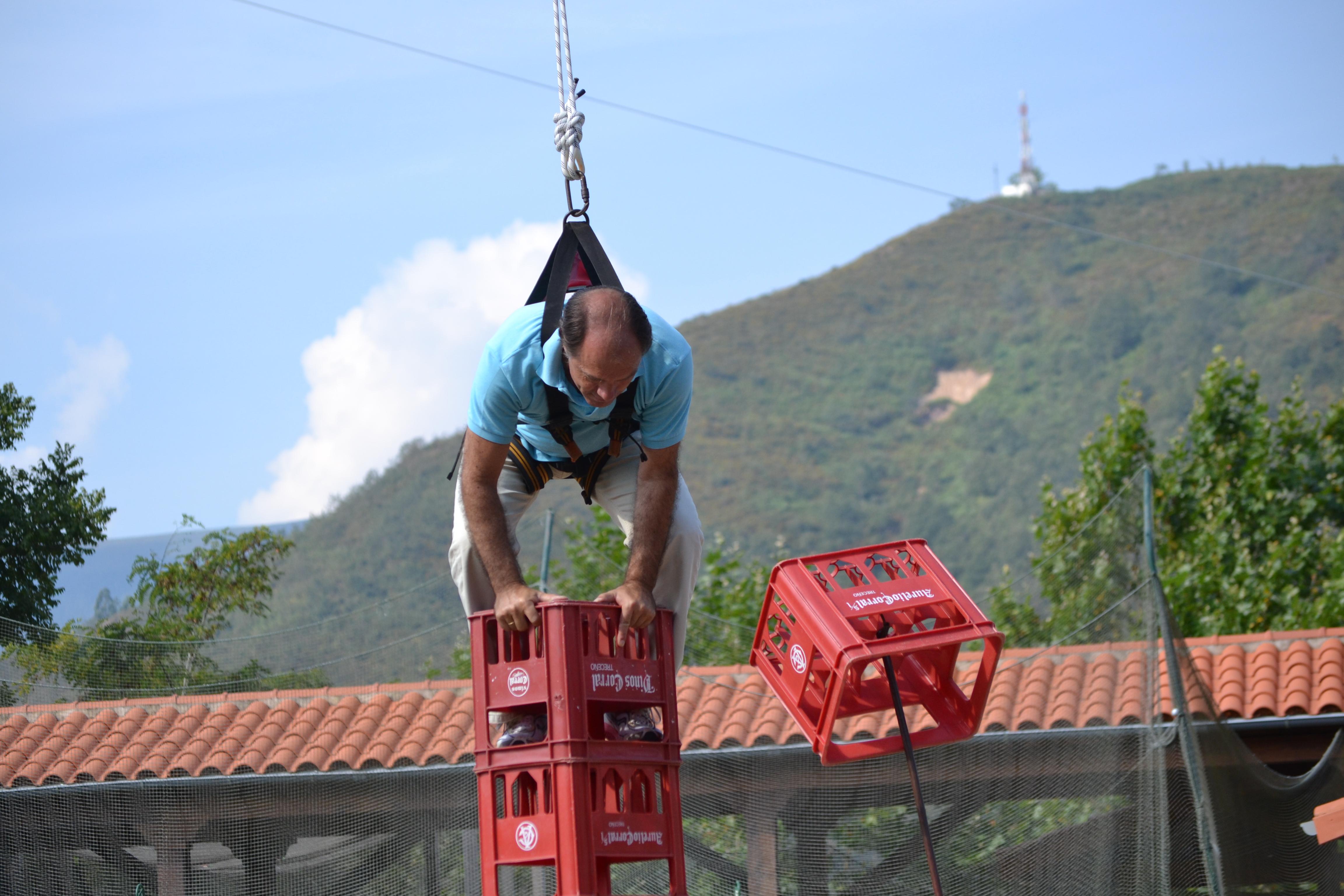 Juego_cajas_cantabria_parque_multiaventura_ocio_juegos_cabuerniaventura-9
