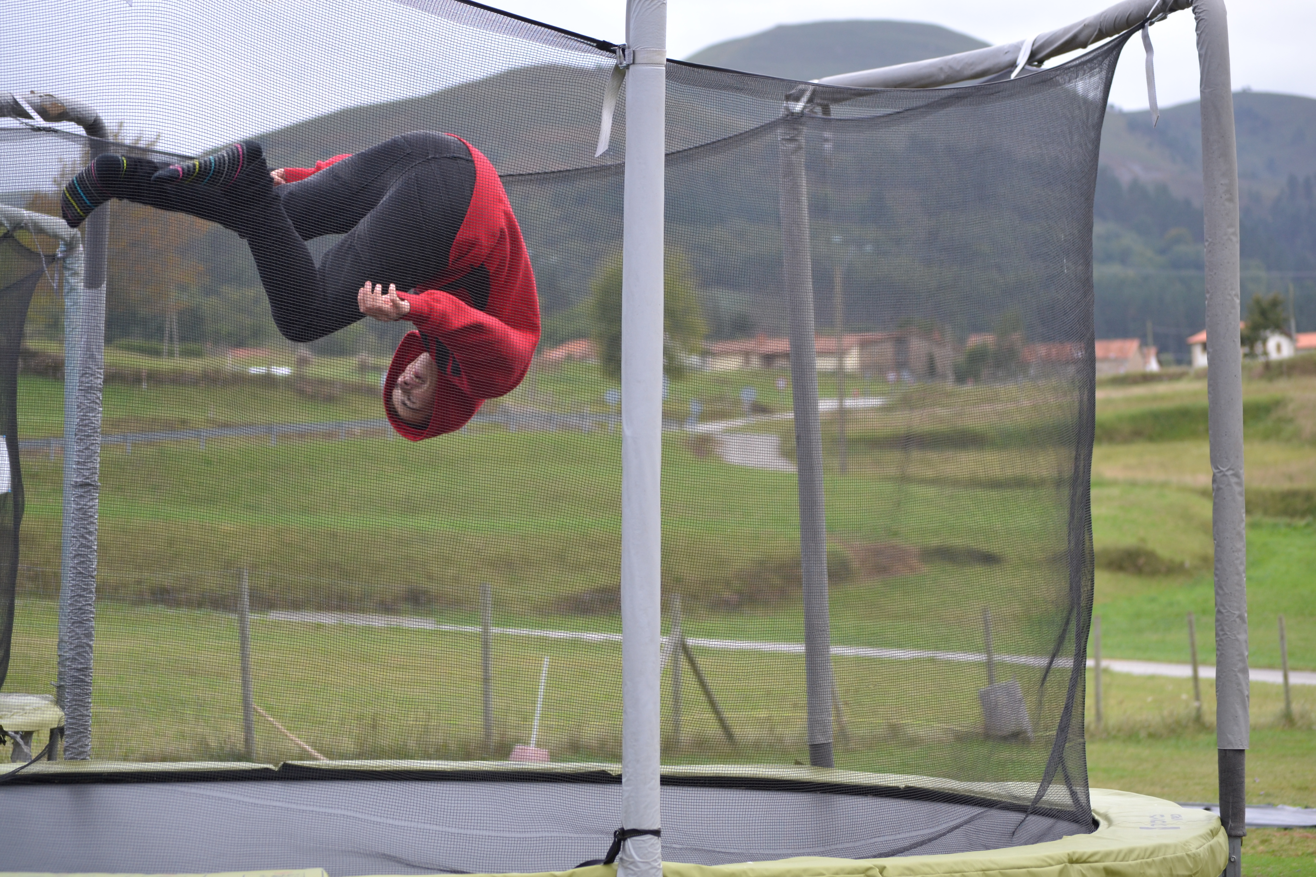 camas_elásticas_3_Cantabria_Parque_multiaventura_ocio_juegos_cabuerniaventura