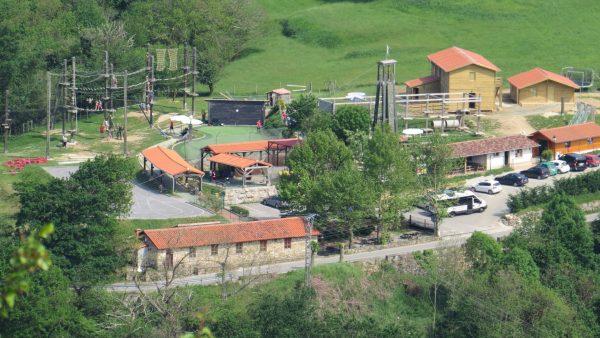 Albergue y Cabaña de madera nuevos